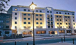 London air port hotels